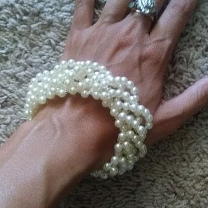 Jewelry - Antique Pearl Bracelet